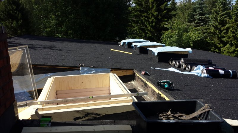 Huopakatto kattoikkuna (6)