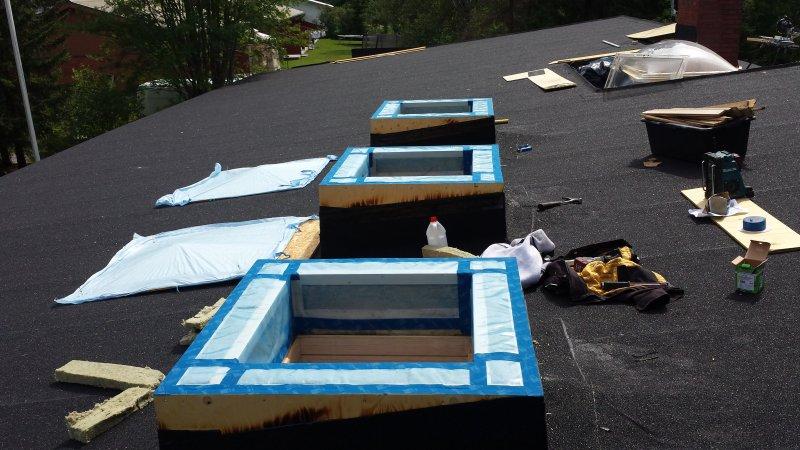 Huopakatto kattoikkuna (9)